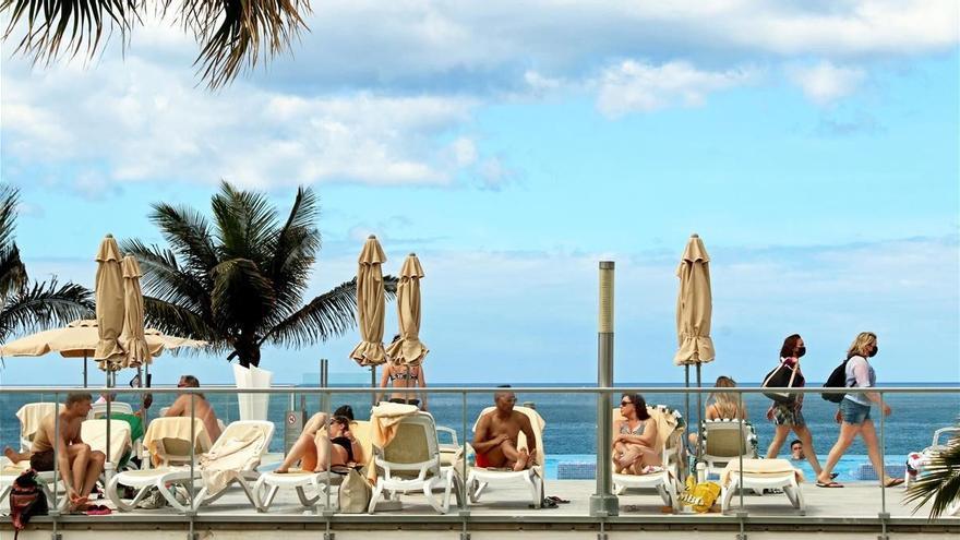 Ensayo en Canarias para un turismo bajo control