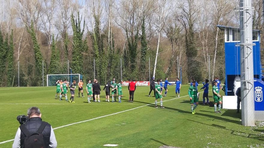 El Oviedo golea al Covadonga (5-1) en un amistoso