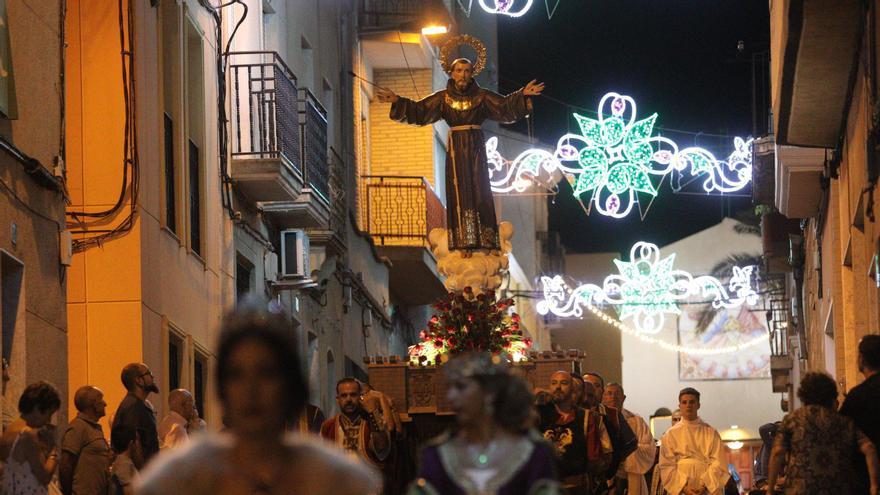 Los Moros y Cristianos de Crevillent presentan el 18 de septiembre su libro festero más atípico