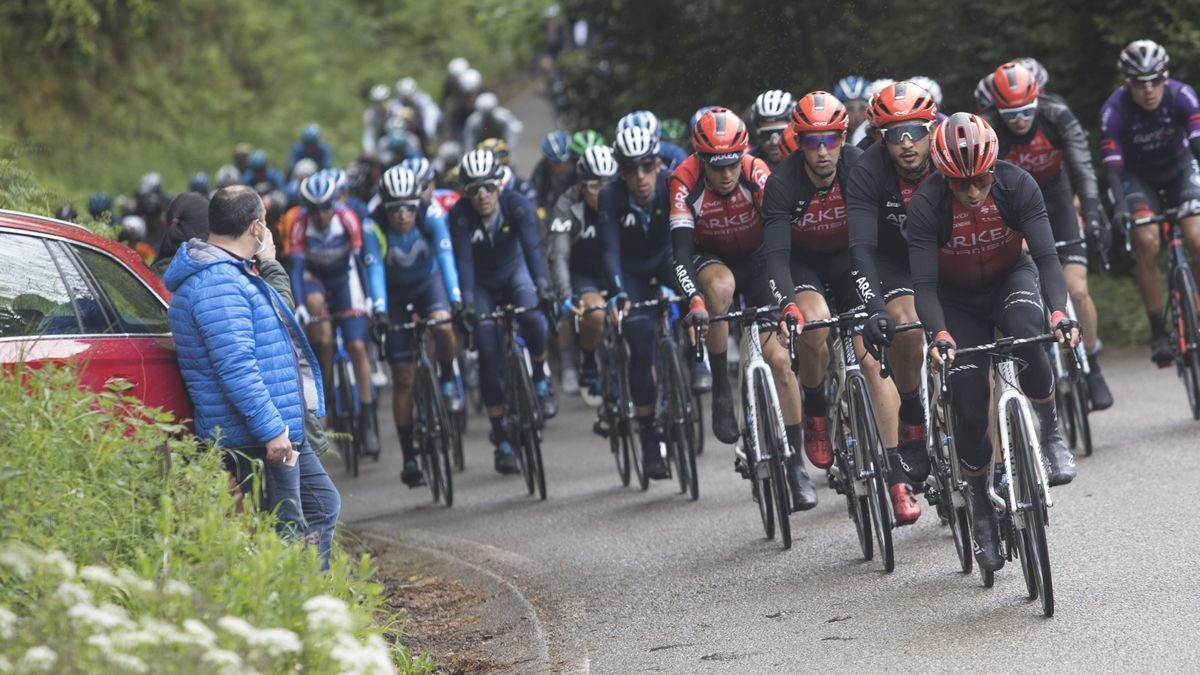Un momento de la Vuelta a Asturias