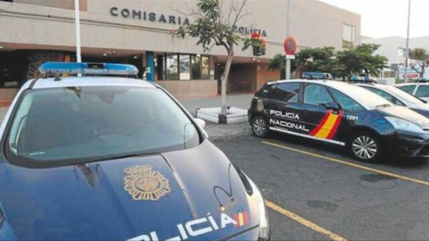 Detenido un hombre en Gran Canaria con 39 antecedentes policiales por asaltar la casa de su expareja y agredirla