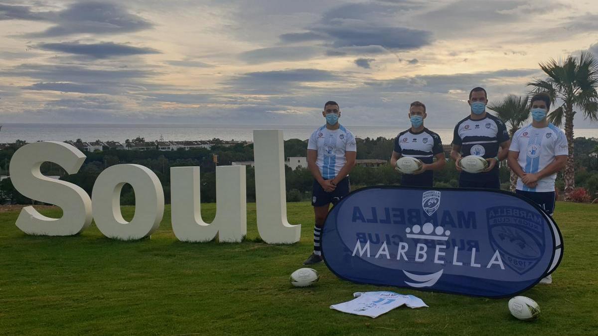 El Marbella Rugby Club presenta su nueva camiseta con AEDAS Homes como patrocinador
