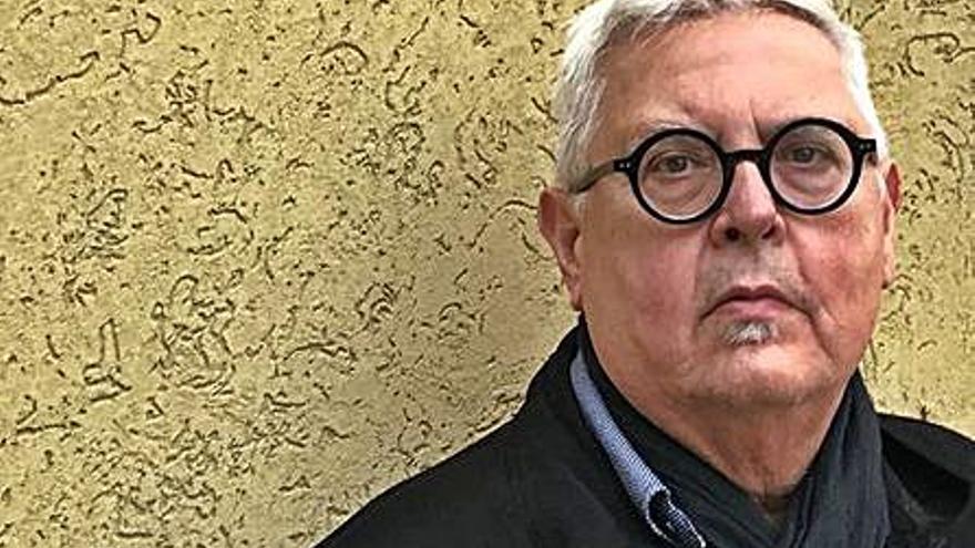 El cubano Víctor Rodríguez Núñez se hace con el Premio de Poesía Manuel Alcántara