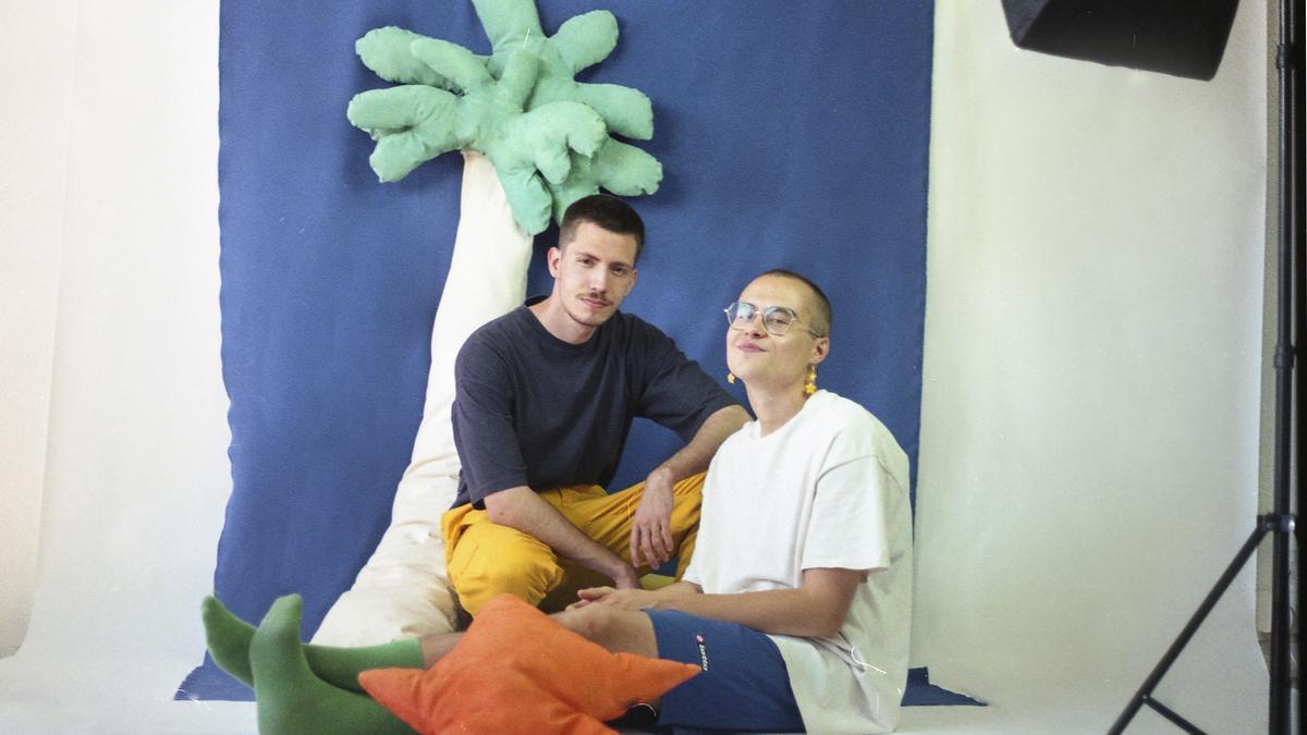 """Fresquito y Mango defienden que su música es """"la fruta más fresca de España""""."""