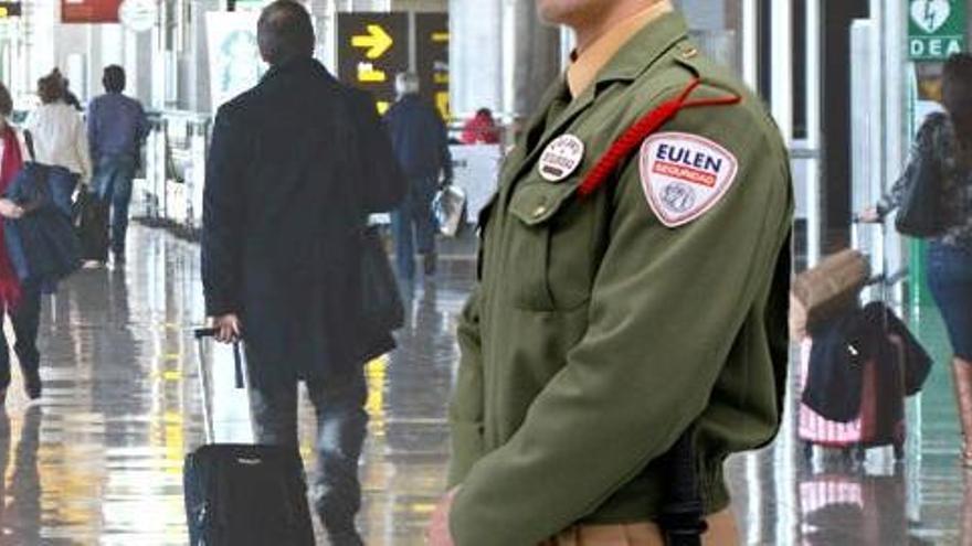 Los vigilantes de seguridad de Eulen en Barajas amplían la huelga hasta el 21 de enero