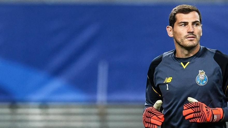 La campaña para que Casillas juegue un minuto en su adiós