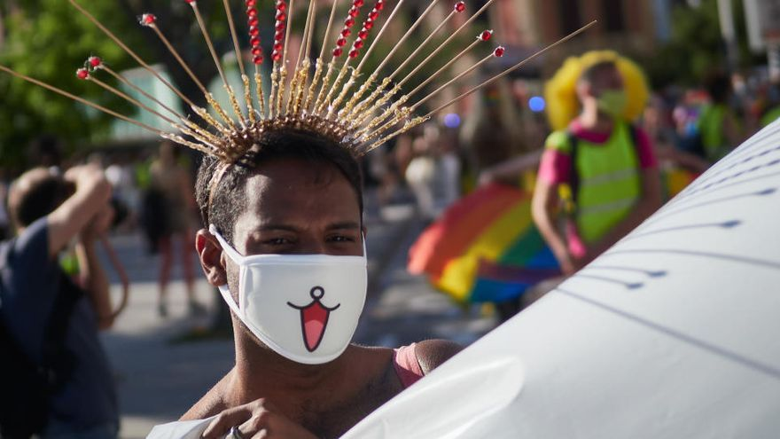 Mujeres encabezan la marcha virtual del Orgullo en Madrid