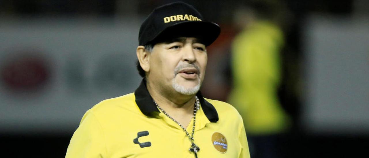 Maradona, durante un entrenamiento con el Dorados.