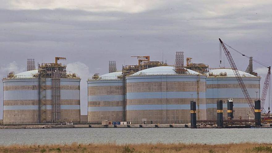 Saggas regasificó en 2020 un 8 % del GNL del sistema español