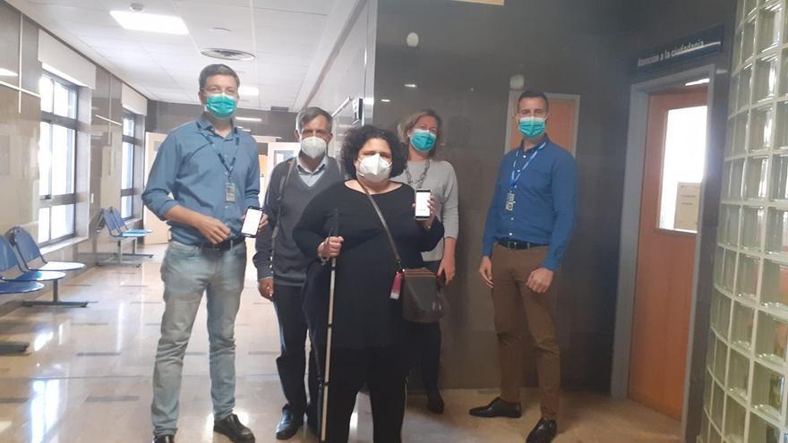 Salud instala balizas para facilitar la accesibilidad al Hospital de Antequera
