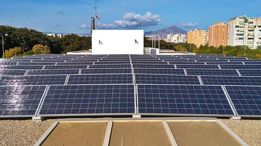 Cambian la mitad de las luminarias de Alicante para ahorrar un millón en la factura