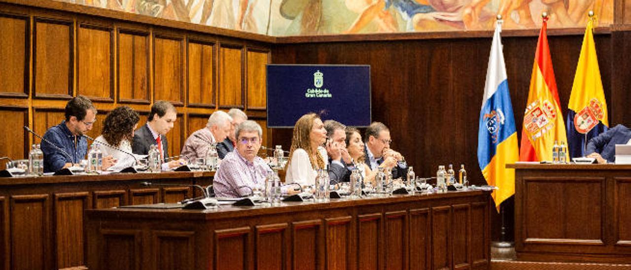 La oposición rechaza las cuentas de Morales ante la baja ejecución de obras