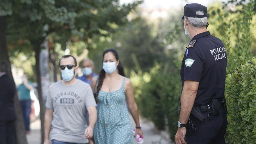 El 55,1% de andaluces cree que la mascarilla debe seguir siendo obligatoria