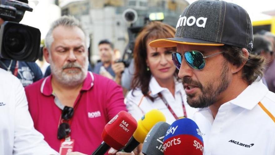 Fernando Alonso espera tener decidido su futuro para 2019 dentro de un mes