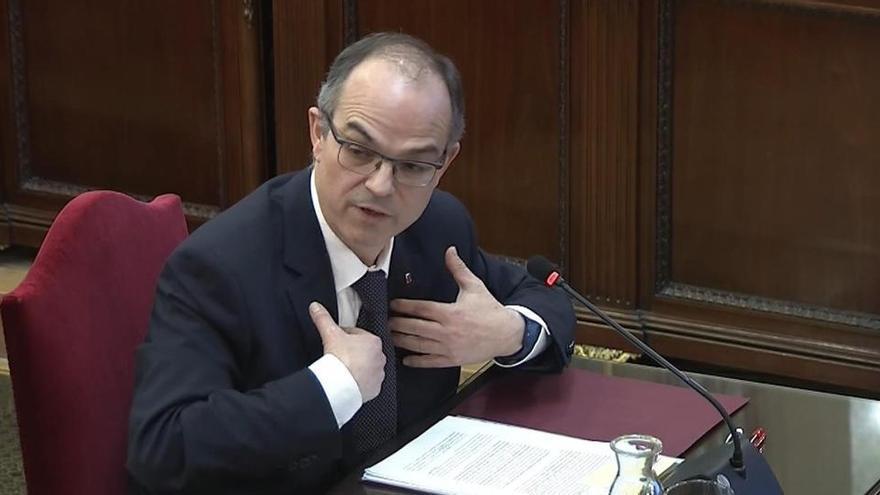 El Constitucional avala la suspensión como diputados de Turull y Rull