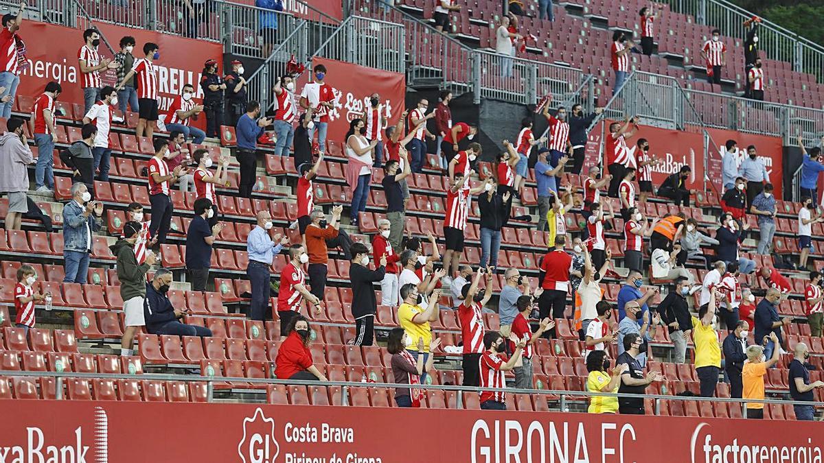 El públic va tornar a Montilivi en el partit de dimecres passat davant l'Almeria.   ANIOL RESCLOSA