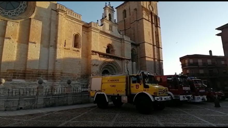 Así suenan las sirenas de los bomberos de Toro por su patrón, San Lorenzo.