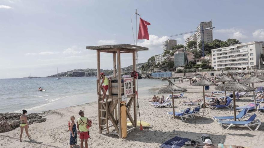 Cierran la playa de Cala Major al superar el 90% del aforo recomendado