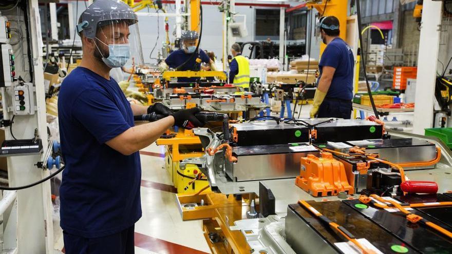 Los trabajadores en ERTE bajan el 15,34% hasta los 20.422 en Castilla y León