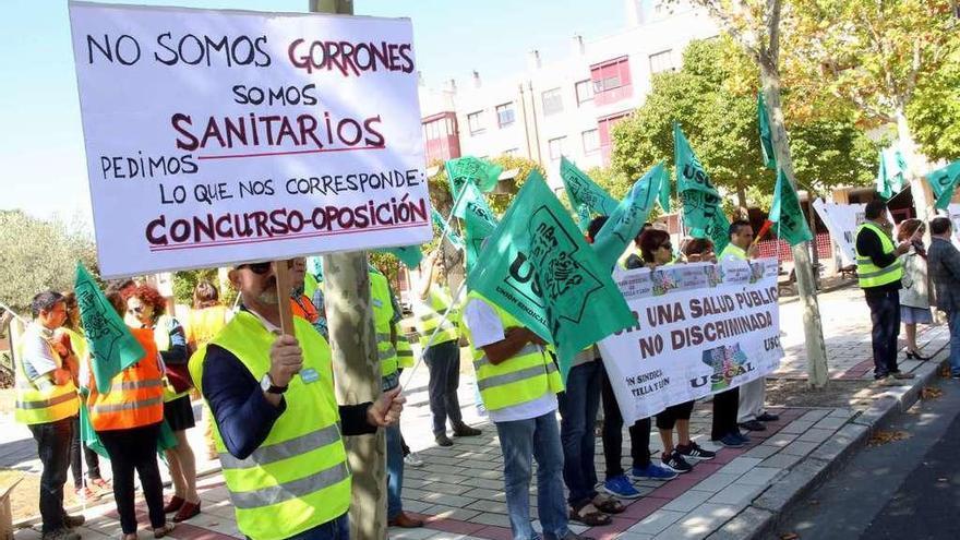 Los veterinarios de Castilla y León denuncian que cobran la mitad que otros sanitarios