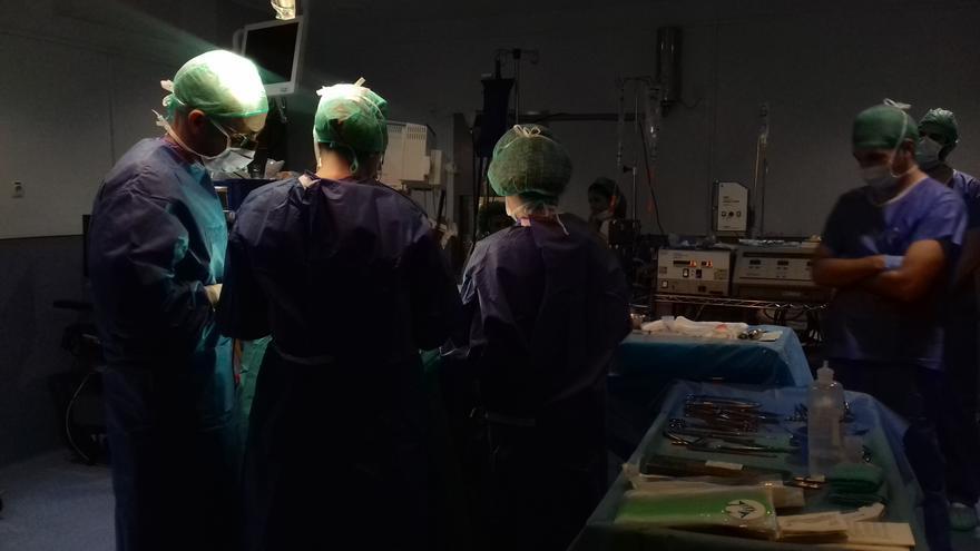 Sanidad atribuye la subida de la lista de espera quirúrgica en julio al periodo vacacional y al impacto de la quinta ola