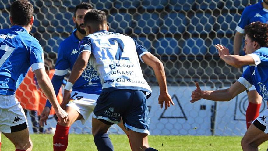 Importante victoria del Ourense CF en O Couto