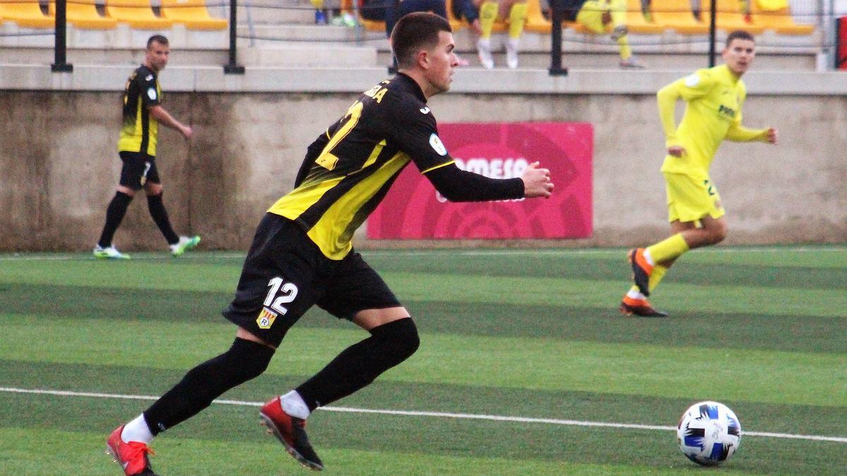 El central Carlos Inglada es uno de los futbolistas del CD Roda que ha participado en 13 de los 20 encuentros.