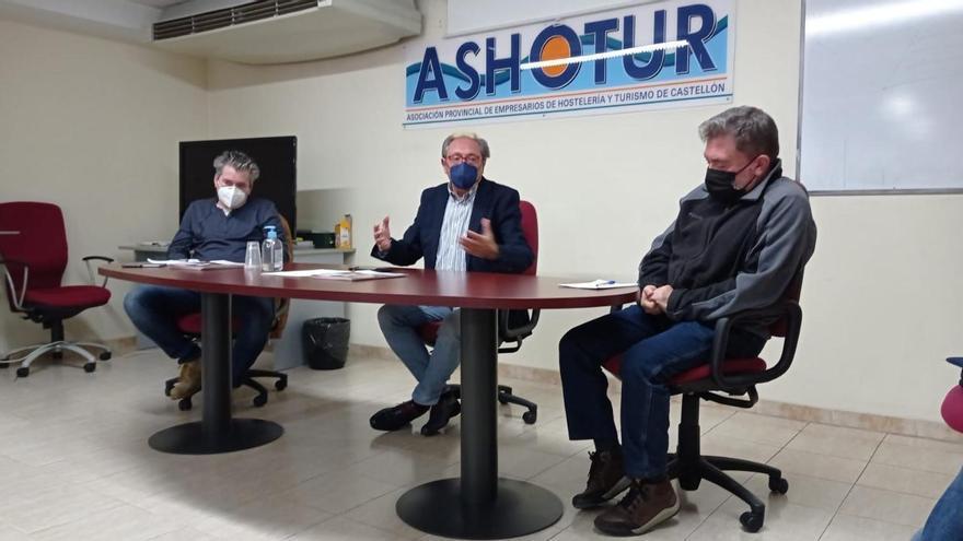 Ashotur y sindicatos buscan pactar un convenio para «salvar» la hostelería