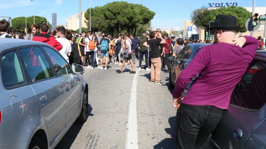 15 trams de la xarxa viària catalana afectats per marxes i manifestacions