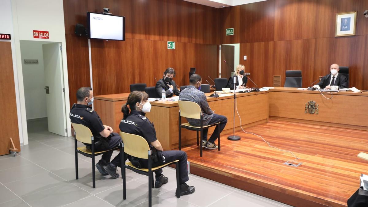 Wilson de la Cruz Méndez durante el juicio en la Audiencia de Zaragoza.