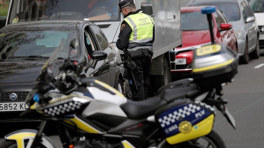 Puig estudia restricciones más severas en algunos municipios