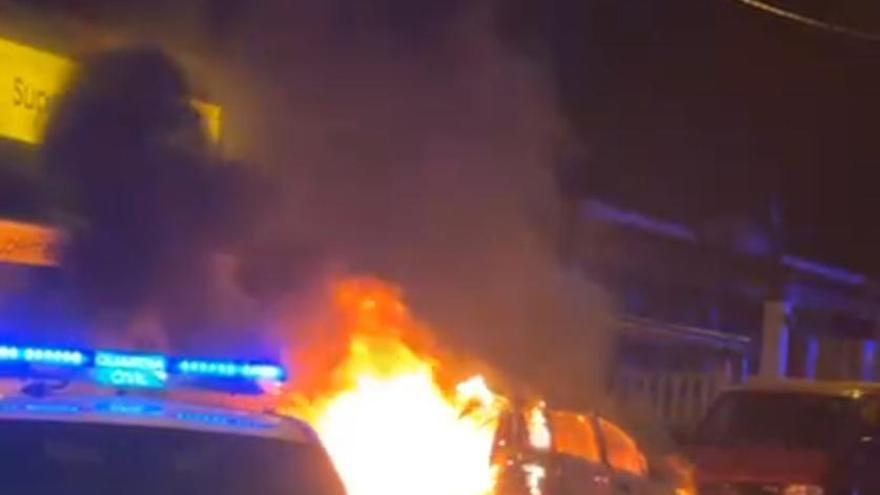 Se incendia un coche en Santa Eulària