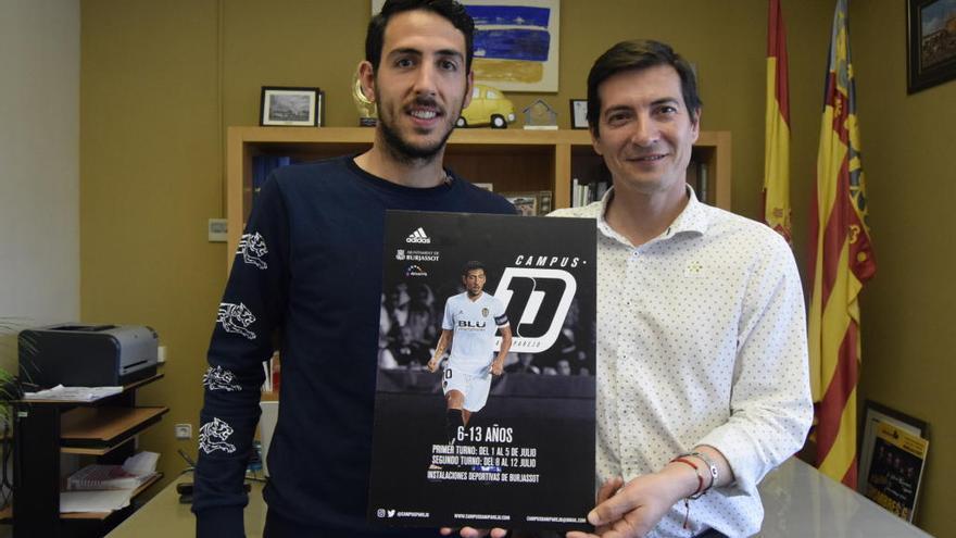 Burjassot acogerá en julio el Campus de Fútbol de Dani Parejo