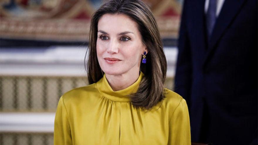 La Reina Letizia apuesta por Tous pese a la polémica