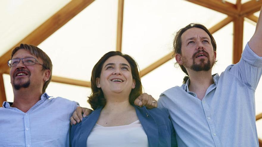 Podem irá en coalición con el partido de Colau al 21D