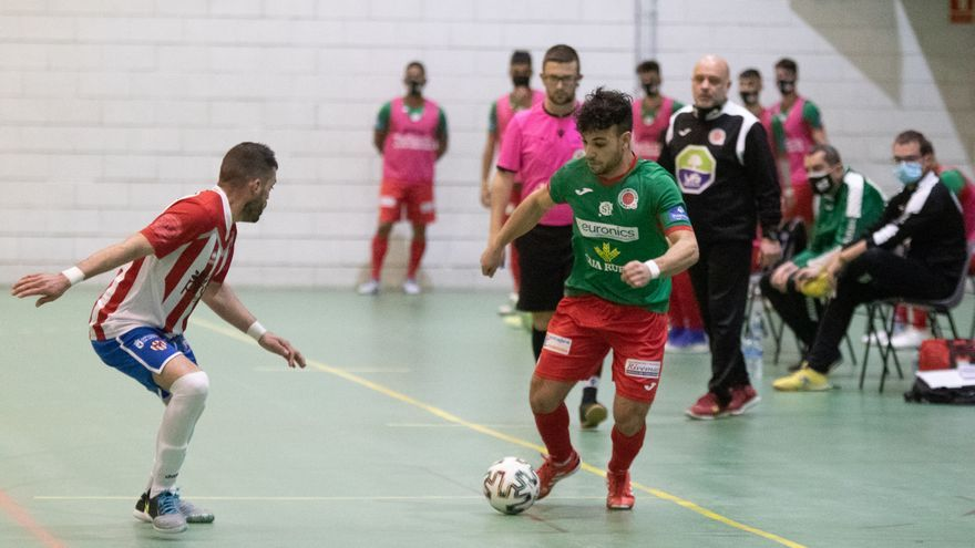 El InterSala Zamora golea al Atlético Bembibre para afianzar su liderato en Tercera (5-1)