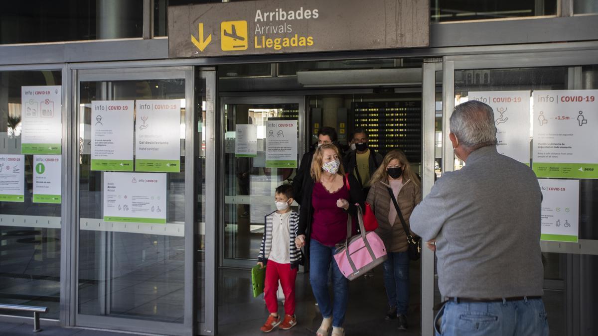 Detección del coronavirus en los aerosoles: investigadores valencianos desarrollan un dispositivo que mide la covid en el aire para saber si hay concentración en espacios cerrados.