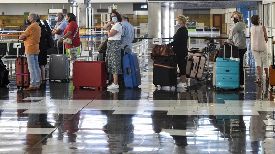 El PSOE rechaza rebajar por ley los alquileres de las tiendas de los aeropuertos