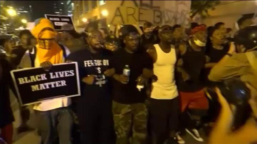 Violentas protestas en EEUU por la absolución de un policía que mató a un joven negro