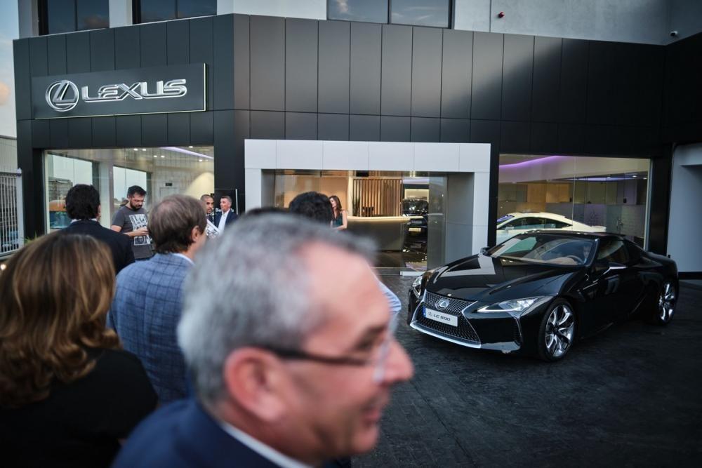 Lexus inaugura concesionario en Tenerife