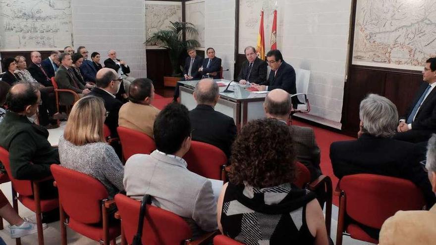 La modernización de Radioterapia de Zamora, posible gracias a Amancio Ortega