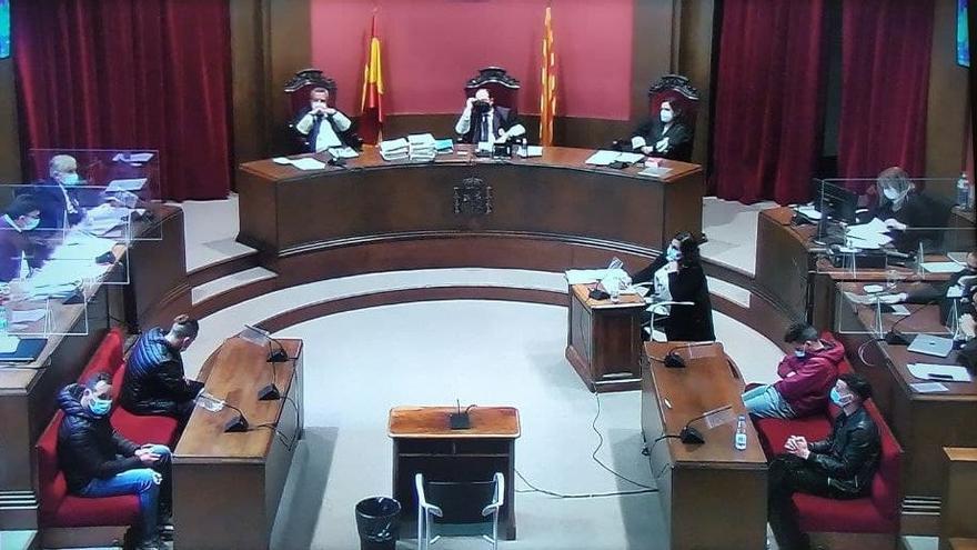 """El Fiscal ve """"verídica"""" y """"creíble"""" la versión de la víctima de violación múltiple de Sabadell"""