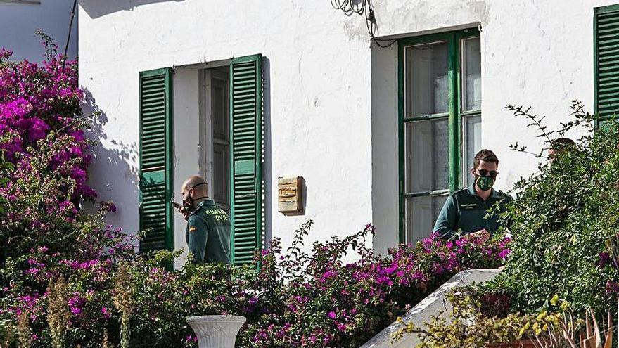 Fallece un hombre de 73 años en Ibiza por la mala combustión de una chimenea