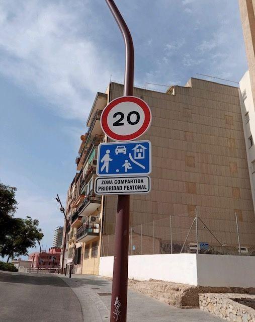 A 20 kilómetros por hora en el Casco Antiguo de Alicante
