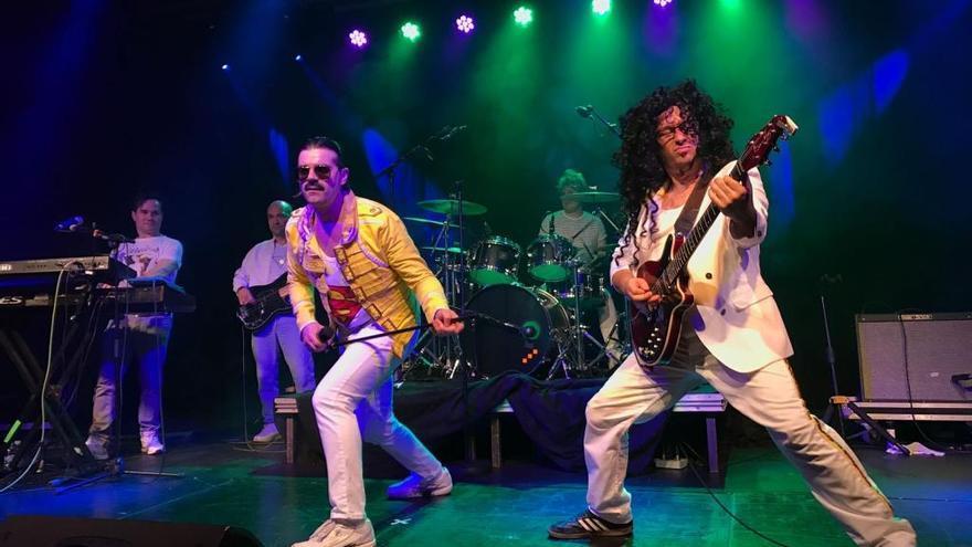 Queen reviu dalt de l'escenari del Casino de Peralada