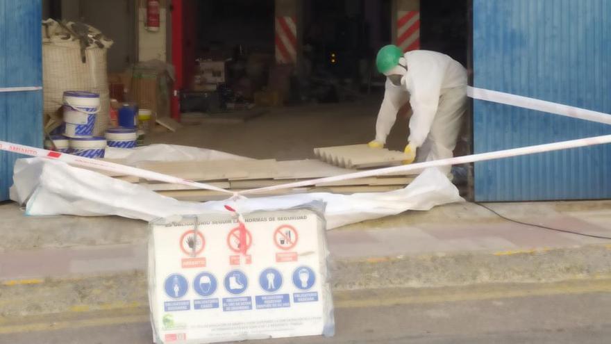 El Ayuntamiento de Cehegín retira el amianto almacenado en instalaciones municipales