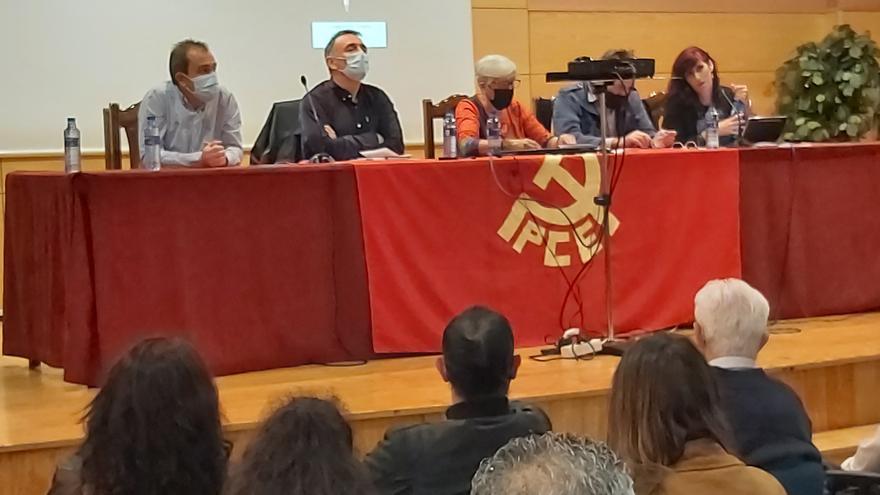 """Enrique Santiago: """"Corresponde impulsar una reforma laboral y es lo que vamos a hacer"""""""