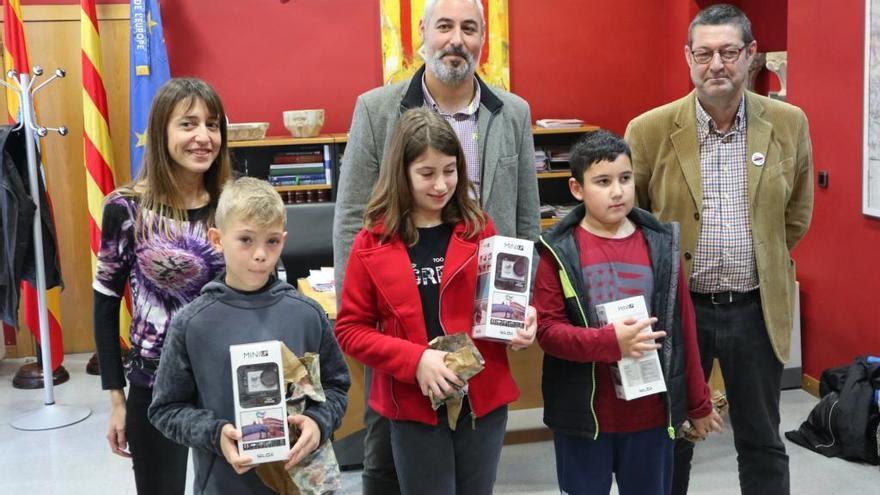 Aqualia premia els treballs sobre l'aigua de tres alumnes de les tres escoles de Castelló