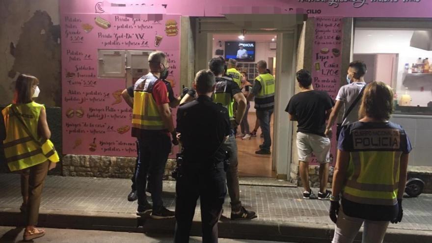 Noventa actas en una noche en Palma por incumplir las medidas anti-covid