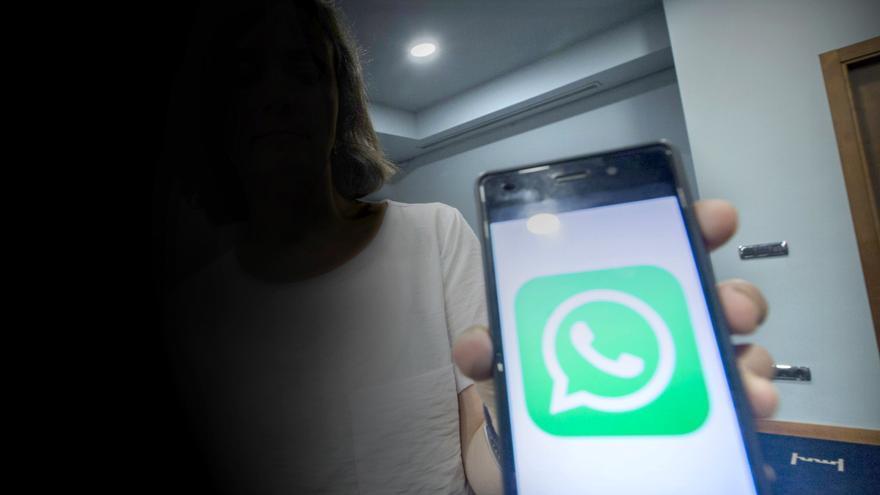 Dos años de cárcel para un vecino de Candamo por distribuir pornografía infantil por WhatsApp